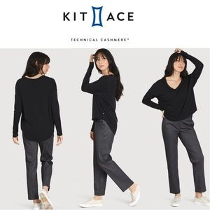 Kit and Ace Easy Long Sleeve Tee in Black